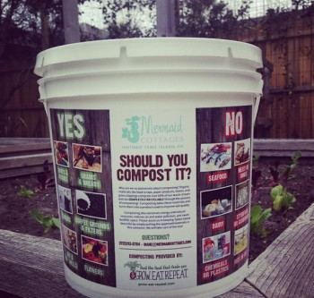 Grow.Eat.RepeatCompostCollectionBucket