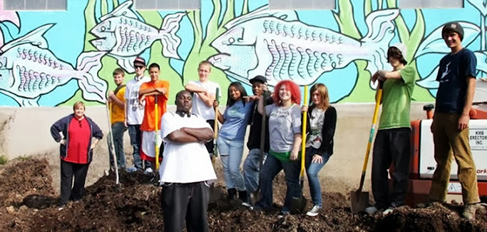 Sweet Water Foundation Focuses on Getting Aquaponics Systems into Schools